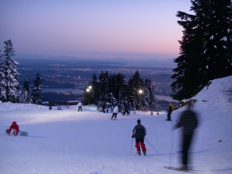 Groues Mountain Night Scene